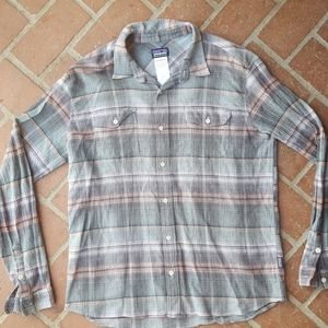Patagonia long sleeve button down